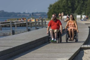 In the south of the island of Rügen, Germany's largest island, you can enjoy the flair of a seaside bath with a wheelchair on a promenade.