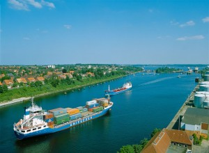 Kiel: North Sea/Baltic Sea canal, Holtenau Lock