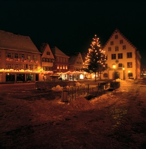 Bad Mergentheim: the town hall during Advent