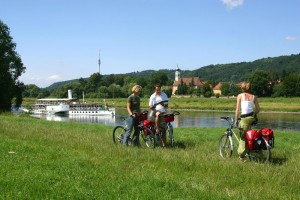 Travelling along the Elbe Cycle Route