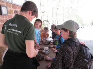 Fun day with the geopark ranger: children discovering