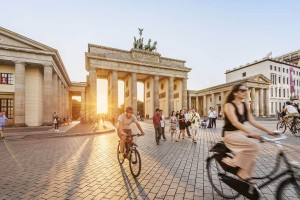 Cyclists in front of the Brandenburg Gate