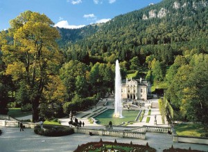 Linderhof Palace with water parterre