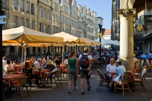Münster, restaurants and cafés on Prinzipalmarkt square