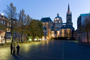 Aachen: Aachen Cathedral and octagonal chapel