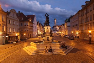 Augsburg: Maximilianstrasse in the evening