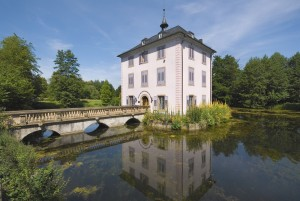 Heilbronn: Baroque house on Lake Trappensee